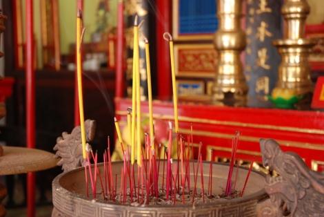 incense-4-1441355-1278x855